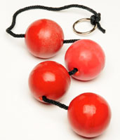Красные анальные шары 55мм.