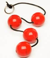 Красные анальные шары